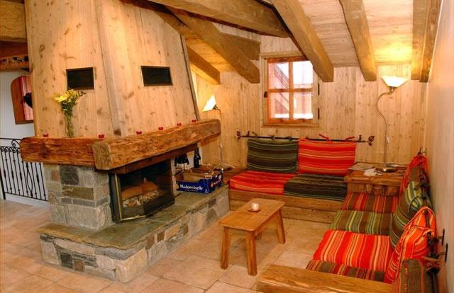 elise-lounge