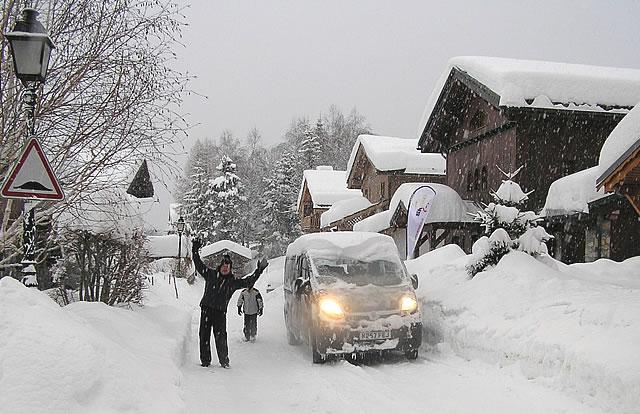 chalet-nicola-snow