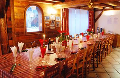 chalet-roger-dining-room
