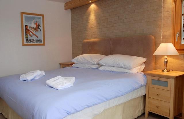 rosalie-double-bedroom