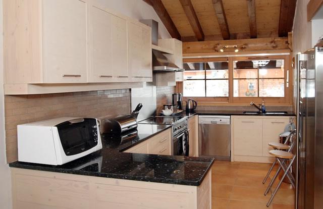 rosalie-kitchen