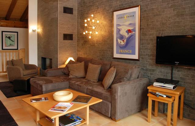 rosalie-livingroom