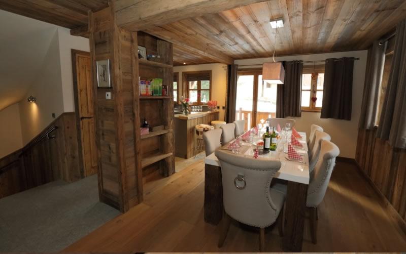 sapin-bleu-dining-room